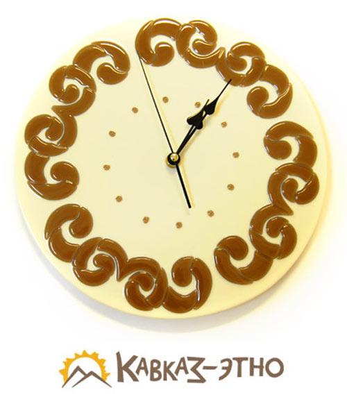 Часы в этническом стиле