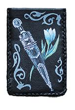Кожаный чехол для телефона «Кинжал и цветок»