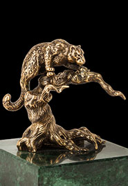 Скульптура «Снежный барс»