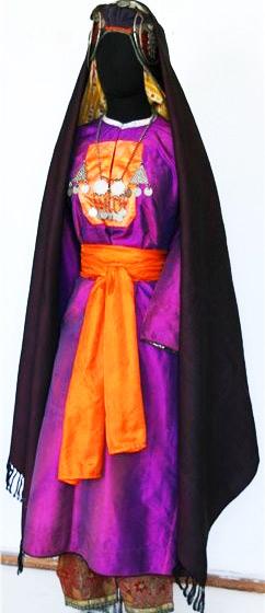Дагестанский традиционный женский костюм