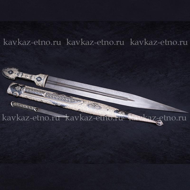 Кинжал коллекционный с глубокой гравировкой и подкинжальным ножем
