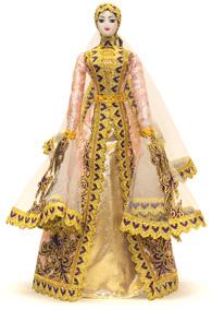 Кукла женская в ингушском национальном платье